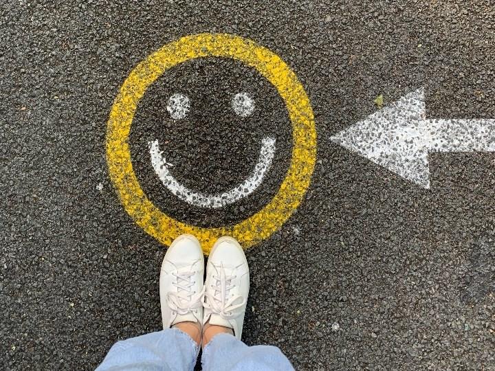 Entusiasmo y actitud positiva en el trabajo